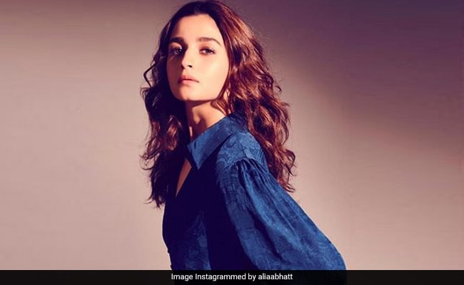 Kangana Ranaut's Sister Rangoli To Alia Bhatt: Keep Your 'I'll Remain Silent' Sob Story To Yourself