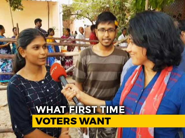 "Video : Undeterred First-Time Voters ""Make Their Own Decisions"" As They Cast Their Votes"