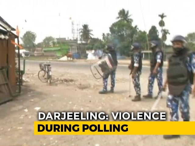 Video : Even Amid Poll Violence In West Bengal, Heart Warming Stories On Democracy Emerge