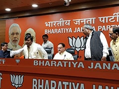 CM योगी की गोरखपुर सीट कब्जाने वाले प्रवीण निषाद हुए भाजपा में शामिल, पार्टी बनेगी सहयोगी