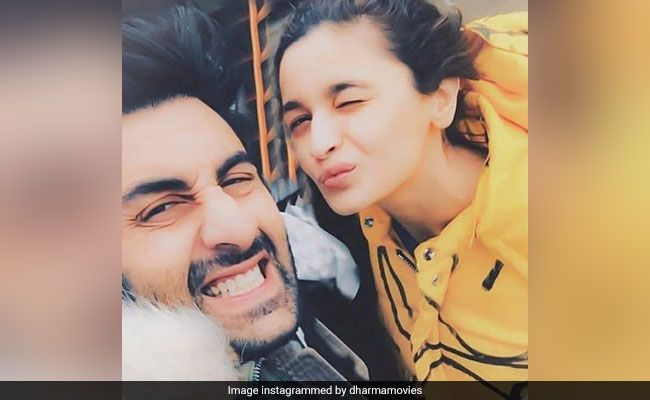 Alia Bhatt's Instagram Bio Suggestion For Ranbir Kapoor Makes Her A 'Rockstar'