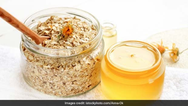 Try This Wonder Scrub With Kitchen Ingredients To Remove Blackheads
