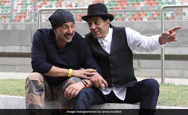 'Don't Know ABC Of Politics But...': Dharmendra On Sunny Deol Joining BJP