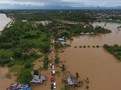 At Least 10 Dead, Thousands Displaced After Severe Indonesian Floods