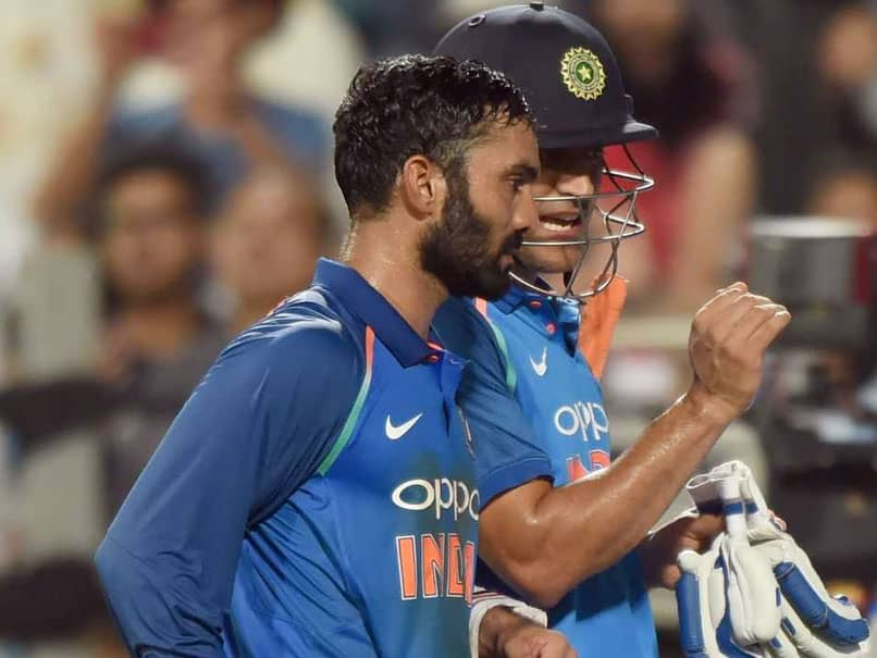 In MS Dhonis Absence, Dinesh Karthiks Wicket-Keeping Skills Will Be Useful In World Cup: Sunil Gavaskar