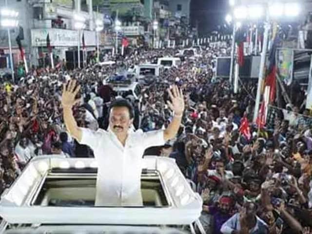 Video : তামিলনাড়ুতে ভোটের আগে রণক্ষেত্রে পরিণত হল সোশ্যাল মিডিয়া