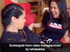 Neha Kakkar ने लिली सिंह के साथ टेस्ट की Coca Cola, फिर यूं चढ़ गया नशा...देखें Video