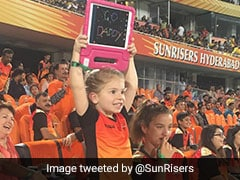 """Go Daddy"": David Warner Gets Priceless Message From Daughter"