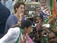 ''5 ஆண்டுகளில் மோடி என்ன செய்தார்?'' : பிரியங்கா காந்தி கேள்வி!!