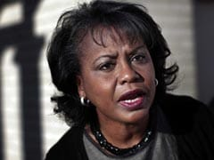 "Anita Hill Not ""Satisfied"" With Joe Biden's Apology Over 1991 Harassment Hearing"