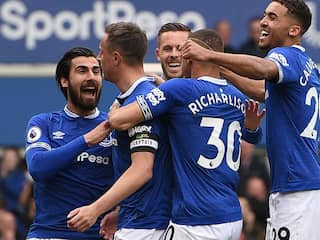 Premier League: Phil Jagielka Scores As Everton Dent Arsenals Top-Four Bid