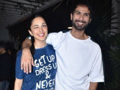 Shahid Kapoor And Kiara Advani's <I>Kabir Singh</I> Wraps With A Blockbuster Party. See Pics