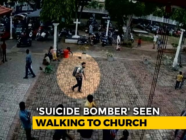 Video : On Video, Alleged Suicide Bomber Pats Girl Before Entering Lanka Church