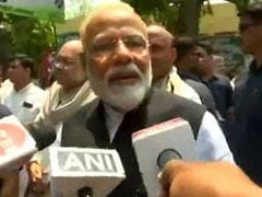 "Lok Sabha Elections 2019: After Varanasi Show, PM Thanks Media, Says ""You've Been Working Hard"""