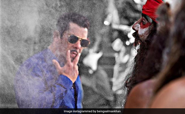 'Hud Hud... Dabangg 3': Salman Khan Just Shot For Our Fave Song And Signed Off With This Pic