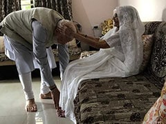"""Vote In Record Numbers,"" Says PM Modi, Seeks Blessings From His Mother"