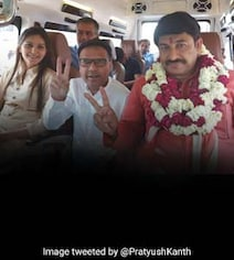 Sapna Chaudhary Joins BJP Roadshow, Says Manoj Tiwari A 'Good Friend'