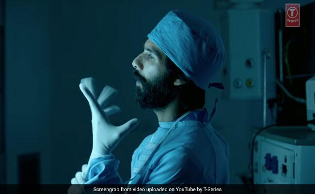 Shahid Kapoor's Kabir Singh Teaser Gets A Shout Out From Arjun Reddy Actor Vijay Deverakonda