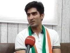 कांग्रेस उम्मीदवार विजेंदर सिंह ने पीएम मोदी पर साधा निशाना, कहा- उनकी बातें सपनों की दुनिया जैसी...