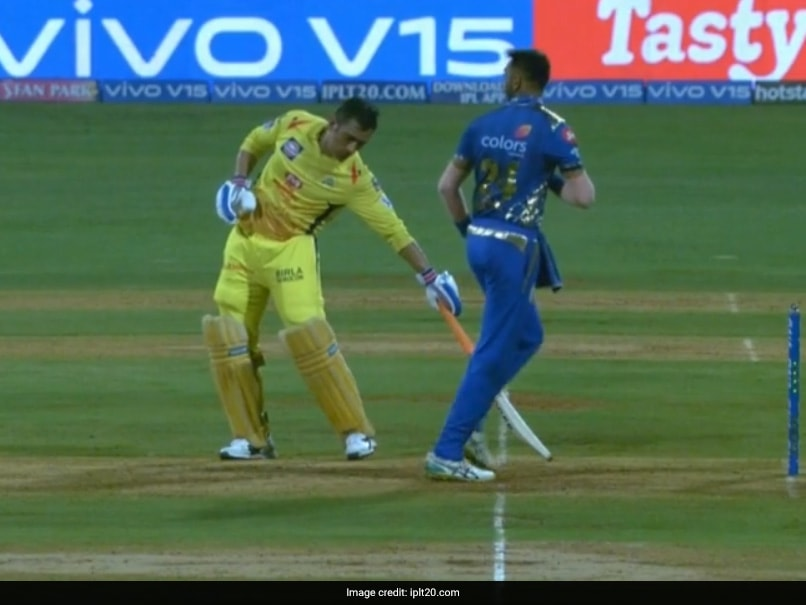 MS Dhoni Gets 'Mankading' Warning From Krunal Pandya - Watch