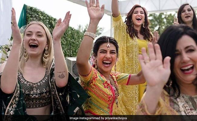 Game Of Thrones Star Sophie Turner Was Asked If Her Wedding Will Be Like Priyanka Chopra And Nick Jonas' Shaadi