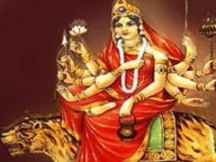 Chaitra Navratri 2020: मां चंद्रघंटा को समर्पित है नवरात्र का तीसरा दिन, जानिए पूजा विधि, भोग, मंत्र और आरती