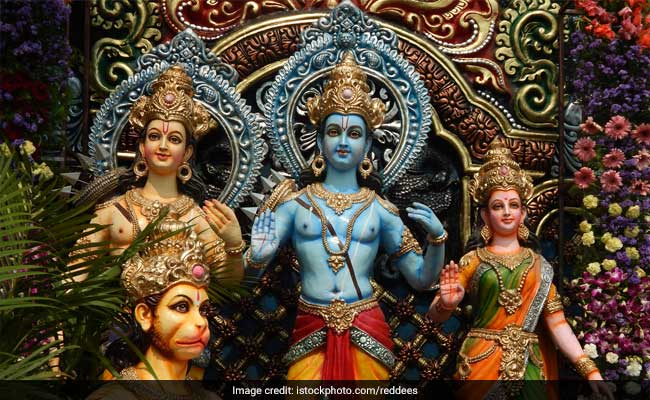 राम भक्तों के बीच इन Status को लगाने की मची होड़, WhatsApp और Facebook पर दिख रहे हैं यही स्टेटस
