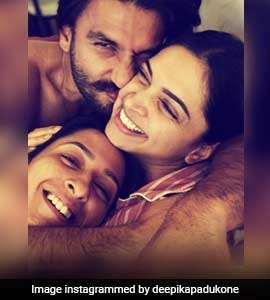 Deepika's 'Cuddles And Snuggles' Pic With Ranveer And Anisha Is All Heart