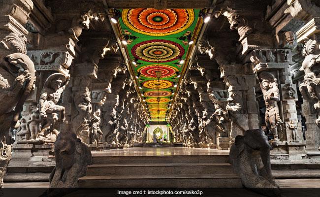 Meenakshi Amman Temple Sees Over 1.5 Lakh Devotees For 'Celestial Wedding'