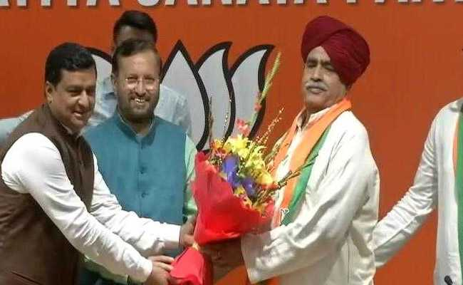 किरोड़ी सिंह बैंसला बेटे के साथ हुए बीजेपी में शामिल, राजस्थान में गुर्जर आरक्षण आंदोलन से जुड़े थे