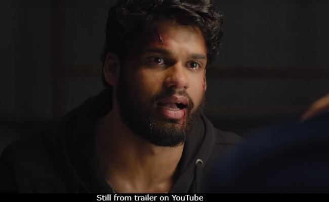 Blank Trailer: Karan Kapadia As A Lost Suicide Bomber Gets Shout-Outs From Twinkle Khanna, Akshay Kumar