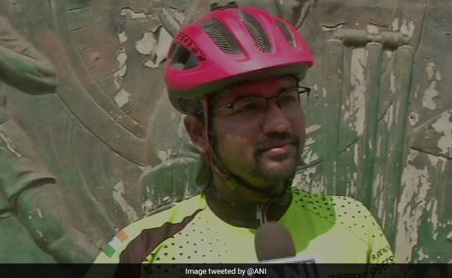 Maharashtra Man Takes 'All India Bicycle Tour' For This Cause