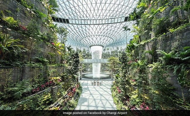 Singapore's New 'Jewel' - An Airport With World's Tallest Indoor Waterfall