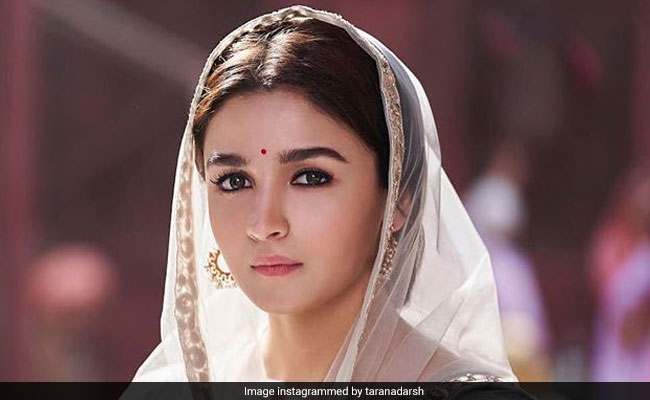 Kalank Box Office Collection Day 3: Alia Bhatt And Varun Dhawan's Film Sees Minimal Growth, Collects Rs 44.65 Crore So Far