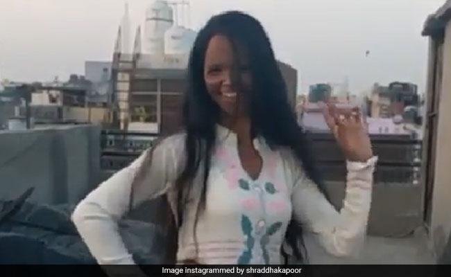 एसिड अटैक सर्वाइवर लक्ष्मी ने 'छम-छम' गाने पर किया डांस, श्रद्धा कपूर ने शेयर किया Video