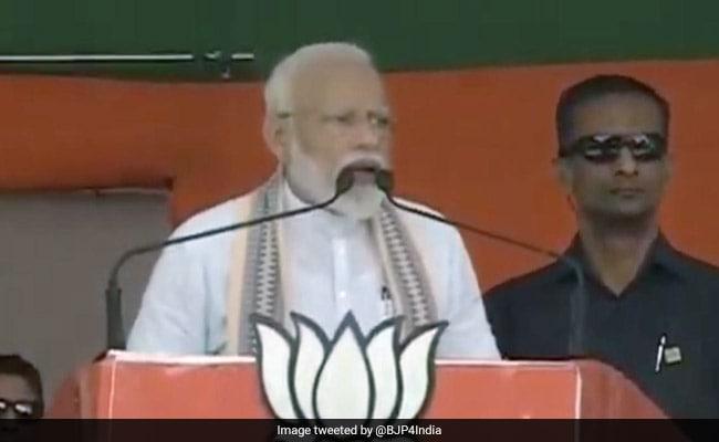 'Ban PM For 72 Years': Akhilesh Yadav On PM's Trinamool Lawmaker Claim