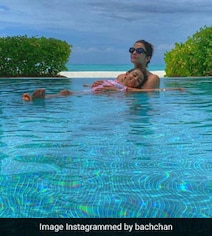 Into The Blue: Aishwarya And Aaradhya's Postcard-Worthy Pic From Maldives