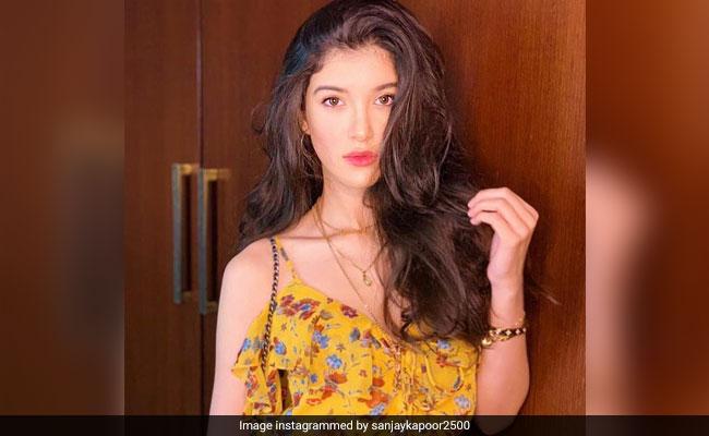 Shanaya Kapoor Spotted In Dad Sanjay Kapoor's Old-New Post
