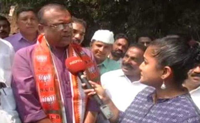 'हिंदू आतंकवाद' पर पीएम मोदी से अलग सोच रखते हैं राहुल गांधी के खिलाफ लड़ने वाले NDA प्रत्याशी