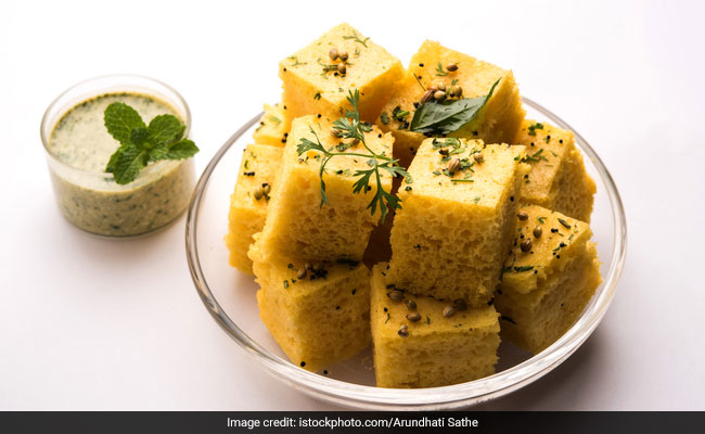 How To Use Your Left-Over Roti To Make Dhokla (Recipe Video Inside)