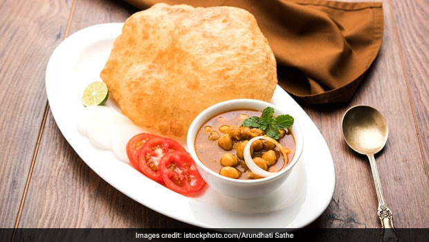 Watch: This Amazing Remedy Can Make Your Bhatura Fluffier, And No We Are Not Talking About Soda