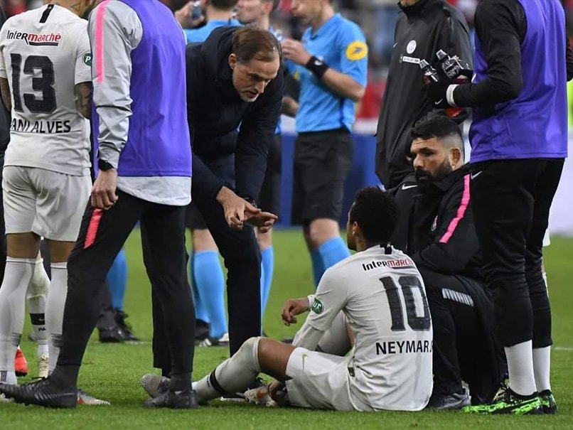 PSG Coach Thomas Tuchel Hits Out At Neymar After Fan Attack