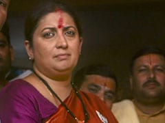 General Election 2019: Smriti Irani Embarrassed By Crowd, Claims Congress, Tweets Video