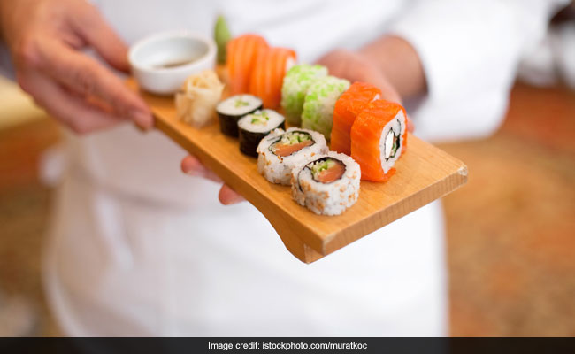 Viral Now: Here's Why Bodybuilders Are Delivering Sushi For A Japanese Restaurant