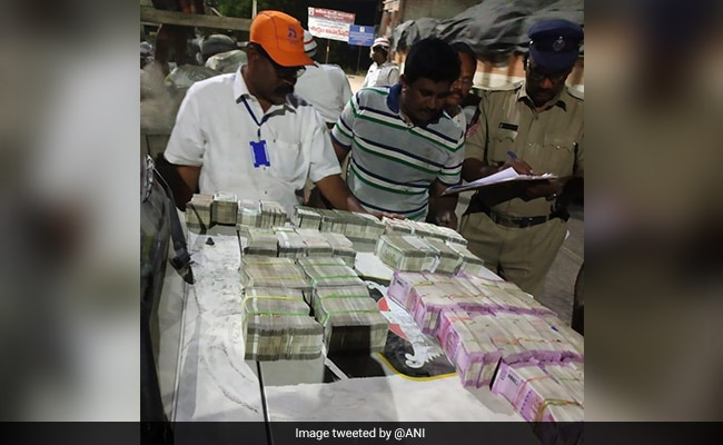 Rs 1.90 Crore Cash Found From Truck Carrying Cement In Andhra Pradesh