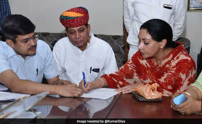 Jaipur Royal Diya Kumari Has Property Worth 16 Crores, No Car