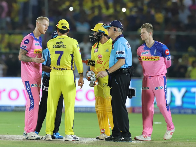 MS Dhoni Slammed By Michael Vaughan For Entering The Field In RR vs CSK IPL 2019 Match