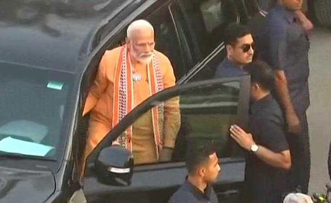 Lok Sabha Election 2019 Highlights: PM Modi Holds Varanasi Roadshow, Attends Aarti