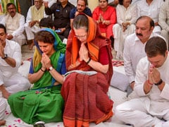 What Candidates Must Learn From Sonia Gandhi: Daughter Priyanka Tweets