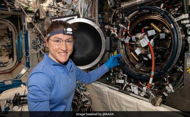 NASA की अंतरिक्ष यात्री ने बनाया रिकॉर्ड, स्पेस स्टेशन में रहेंगी सबसे ज्यादा समय तक, जानें खास बातें
